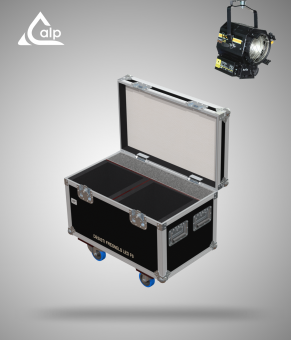 Flight case pour 2 projecteurs DESITI Fresnel LED F6 version touring Fly case for 2 DESITI Fresnel LED F6