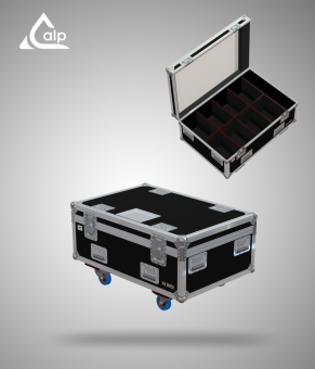 Flight case pour 8 Spectral M950 Q4 TOUR Showtec version touring, bac à accessoires Fly case for 8 Spectral M950 Q4 TOUR Showtec